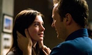 Anne Hathaway (Claire) et Patrick Wilson (Eric)