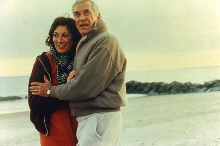 Martin Landau (Judah Rosenthal) et Angelica Huston (Dolores)