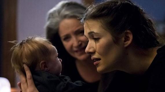 Le bébé, Françoise Fabian (la mère d'Ulysse), Mélanie Doutey (Luce)