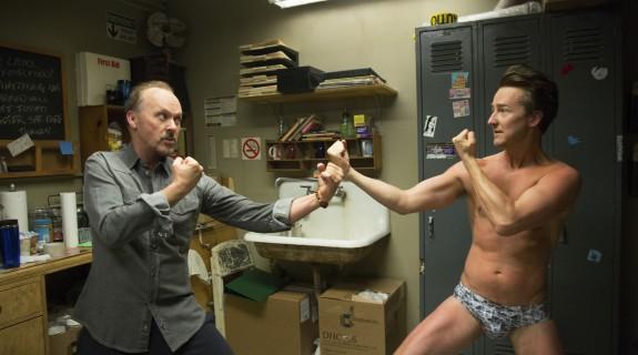 Michael Keaton (Birdman) et Edwarg Norton (Mike, l'alter ego)