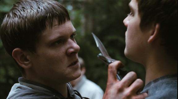 Jack O'Connell (Brett) et Thomas Gill (Ricky)