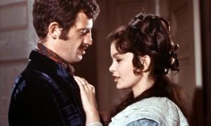 Jean-Paul Belmondo (Georges Randal) et Geneviève Bujold (Charlotte)
