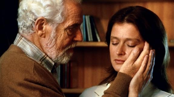 Erland Josephson (Bergman) et Lena Endre (Marianne)