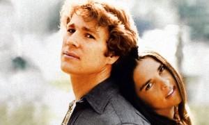 Ali Mac Graw (Jennifer Cavalleri) et Ryan O'Neil (Oliver Barrett IV)