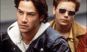 Keanu Reeves (Scott Favor) et River Phoenix (Mike Waters )