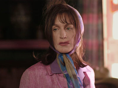 Felicity Huffman, (Sabrina « Bree » Osborne)